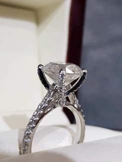 4.52 CARAT Diamond Ring Round Brilliant H Colour Engagement  SALE