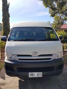 7239ea8834 2006 Toyota Hiace Commuter SLWB Dual Fuel price neg