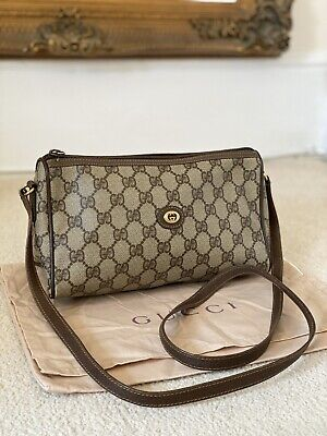 100% AUTHENTIC Vintage Gucci 1980's Crossbody GG Camera Accessory Collection Bag