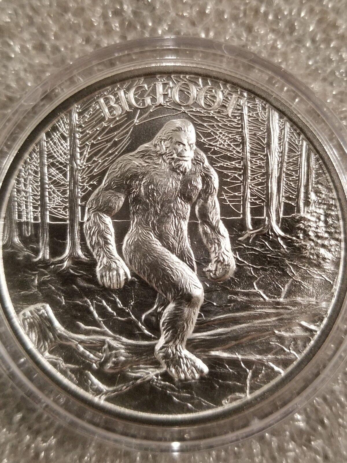 Bigfoot-1-oz-999-Silver-round-Sasquatch-American-_57.jpg