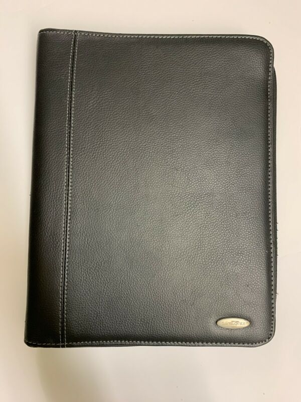 Samsonite Black Zippered 3 Ring Binder With Pockets, Calculator, More-Scuffed