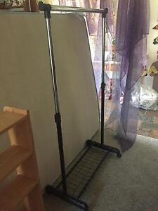 Portable coat hanger rack East Kurrajong Hawkesbury Area Preview