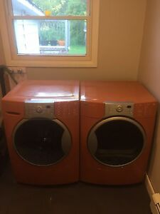 NEW PRICE **Kenmore Elite 4t washer and dryer set