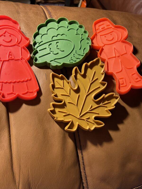 4 Piece Vintage Hallmark Thanksgiving Cookie Cutters 1970