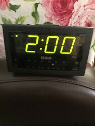 RCA Alarm Clock Radio Large Display RP3701A