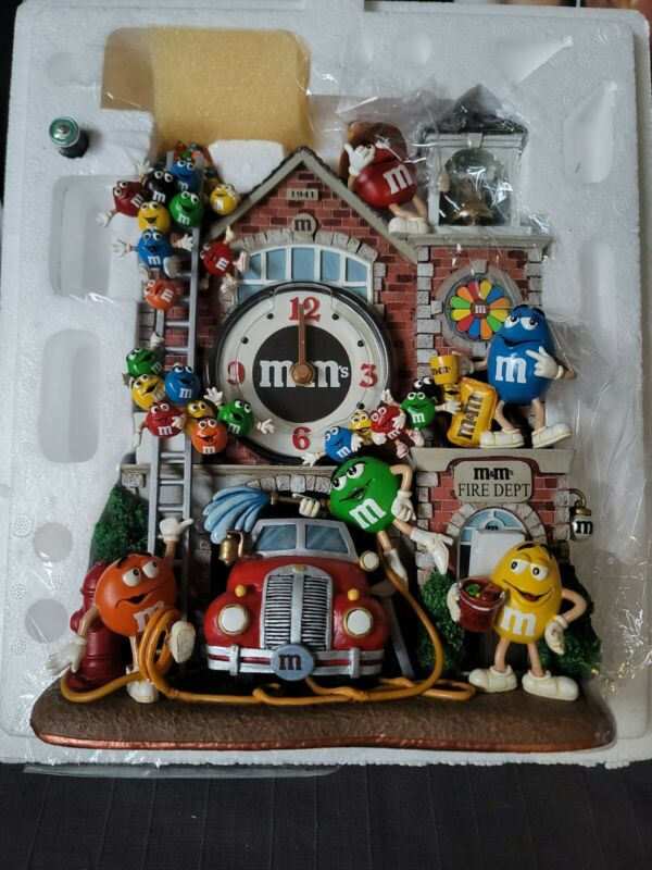 "m&m Firehouse Clock ""RARE "" Danbury Mint Brand new"
