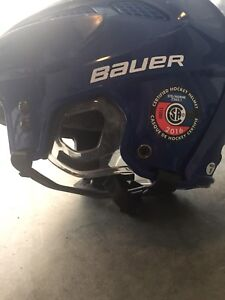 Bauer M5 JR helmet size small. And Cage