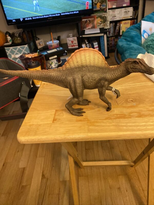 "Schleich Dinosaur SPINOSAURUS Realistic Jurassic Figure 2007 w/Tag 13.5"" X 7"""