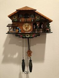 Wood Kintrot Cuckoo Clock Black Forest Quartz Wall Clock Pendulum Bird Flowers
