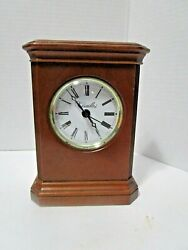 VTG 6¾ Tall VERSAILLES Wooden Mantle CLOCK Wisconsin Clock Company, MADE IN USA