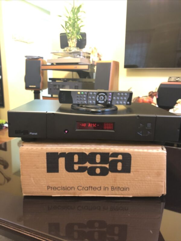 NICE REGA PLANET AUDIOPHILE CD PLAYER WITH REMOTE AND ORIGINAL BOX