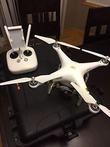 DJI Phantom 3 Professional Drone Quadcopter UAV