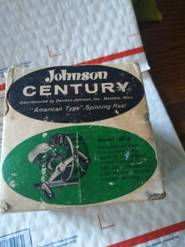Vintage  JOHNSON Century, Model 100-A Spin Cast Reel, USA, W/Box Preowned