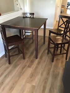High Top Kitchen Table Set and Bar Chairs