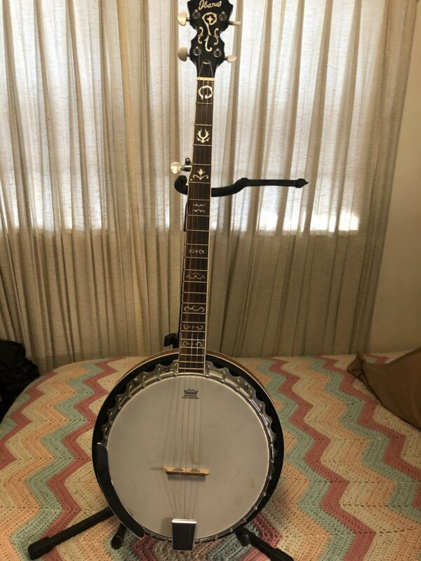 Very Nice IBANEZ B300 5 String Banjo With Rosewood Resonator