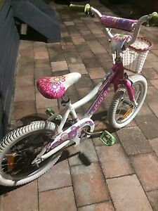 Girls Push Bike suited for 6-8years Holmesville Lake Macquarie Area Preview