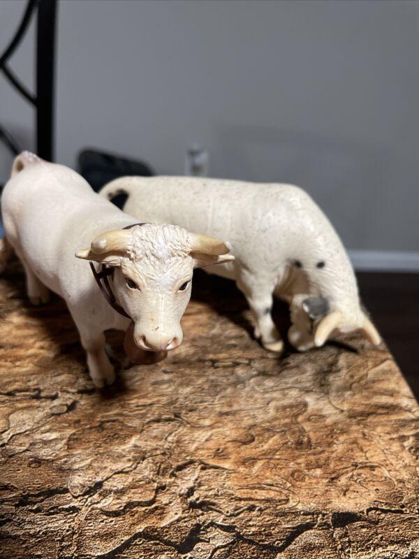 Schleich CHAROLAIS White Dairy Farm Figure Retired 13610