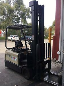 Crown Forklift 900kg Northcote Darebin Area Preview
