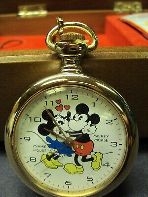 MICKEY & MINNIE - RARE DISNEY STORE LIMITED EDITION POCKET WATCH WITH MUSIC BOX!