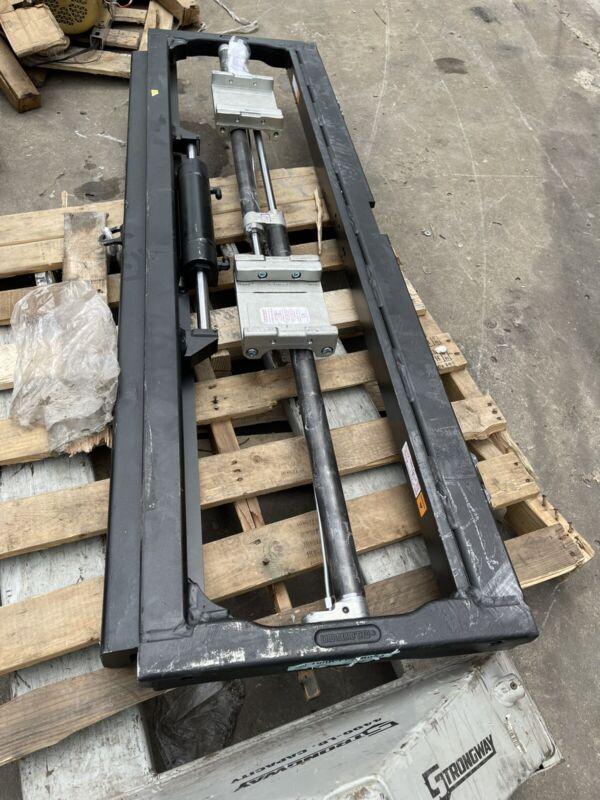 NEW GENUINE CASCADE LIFT TRUCK FORKLIFT SIDESHIFTER ATTACHMENT 211701-R6