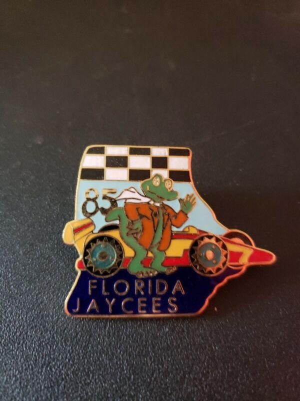 Florida Gator Jaycees Lapel Hat Pin 1985 Race Car