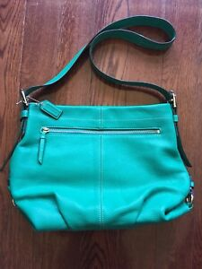 NEW Coach Leather Pebble light Jade Purse