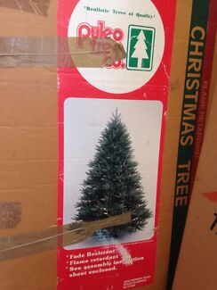 7.5 foot American Christmas tree - free to good home Beaumont Hills The Hills District Preview
