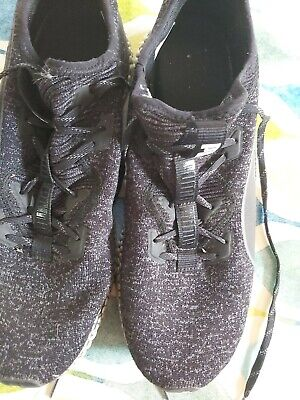 Puma mens trainers / running shoes uk size 10 black / grey great condition