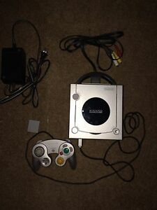 Nintendo GameCube System With 4 Games