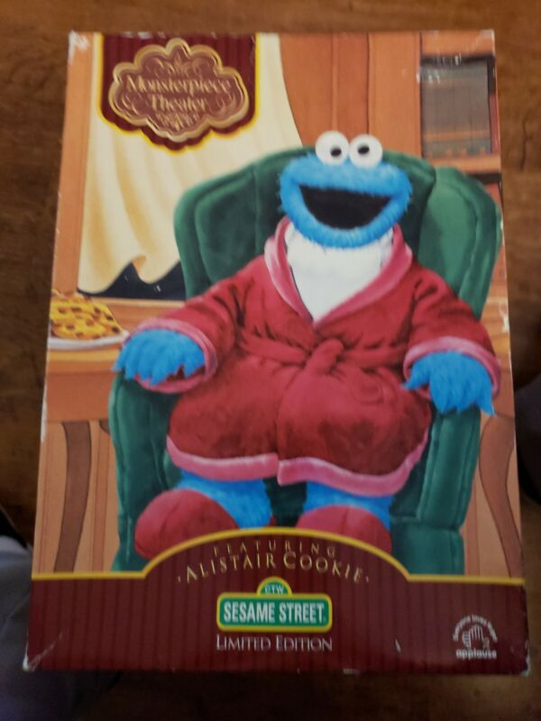 """SESAME STREET. """"MASTERPIECE THEATER"""" FEATURING ALISTAIR COOKIE LIMITED EDITION"""