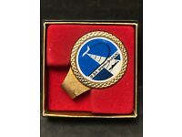 S•3A Sperry Univac ship and plane money clip Metal Gold In Color