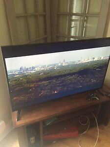 "55"" TV!! Need gone"