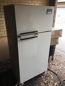 Free Fridge Mount Lawley Stirling Area Preview
