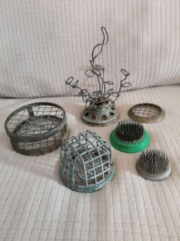 VINTAGE/ANTIQUE Floral Frogs Lot Of Five Lead/metal - One very Rare