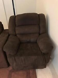 Free recliner Springfield Lakes Ipswich City Preview