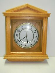 Beautiful And Elegant Bulova Solid Wood Wall Clock Quartz Model C4480