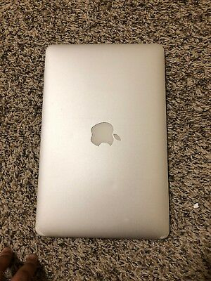 "Apple MacBook Air 11.6"" Laptop - MF067LL/A (2014)"