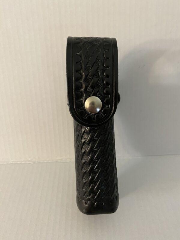 Aker 570 Basket Weave Black Leather Mace Holder Snap Case