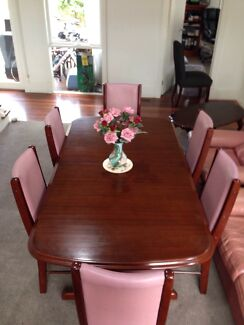 Dining Table (Extendable) - Great Quality! Beaumaris Bayside Area Preview