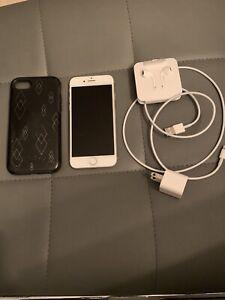iPhone 8 64gig mint condition