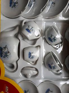 17 piece childs china teaset. Duck motif. BNIB.