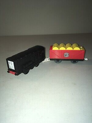 Thomas & Friends Motorized Trackmaster -- 2010 Diesel w/ Attached Tender V1906