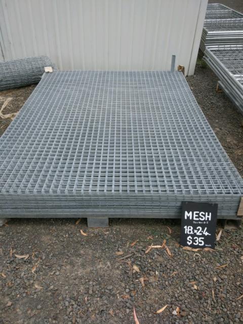 Weld mesh panels 180cm x 240cm. Dog mesh 50 x 50, 3.5mm wire ...