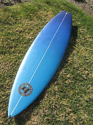 Kyпить  TIME TO SURF!  NEW HOLLISTER TRI FIN SHORTBOARD SURFBOARD 6'5