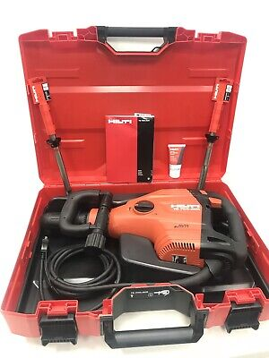 Hilti Te 700-avr Demolition Hammer With Carrying Case 2 Bits New Free Shipping