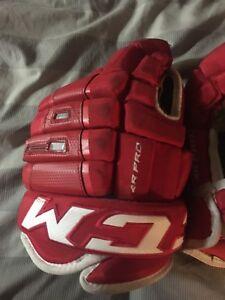 CCM 4R pro hockey gloves 35$ obo