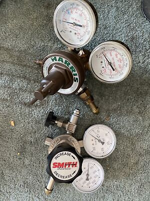 Harris And Smith Model Compressed Gas Regulator Two Gauges