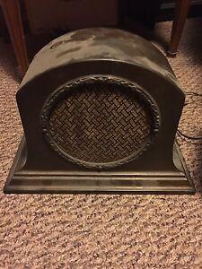 Antique RCA Radio