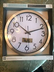 Realspace || 14 || Brushed Plastic || Quartz Wall Clock || Silver || Brand NEW