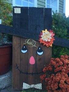 Scarecrow / Snowman Signs
